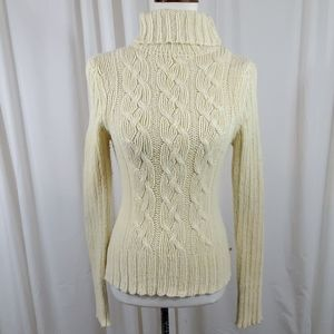 AMERICAN EAGLE Pale Yellow Turtle Neck Sweater